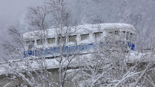 Námraza uvěznila řadu cestujících přímo ve vlacích. Ilustrační snímek