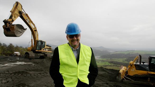 Dan Ťok, nový ministr dopravy, na obhlídce stavby dálnice D8.