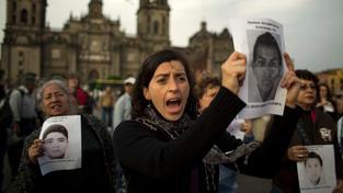 Demonstrace v Mexiku za unesené a zavražděné studenty