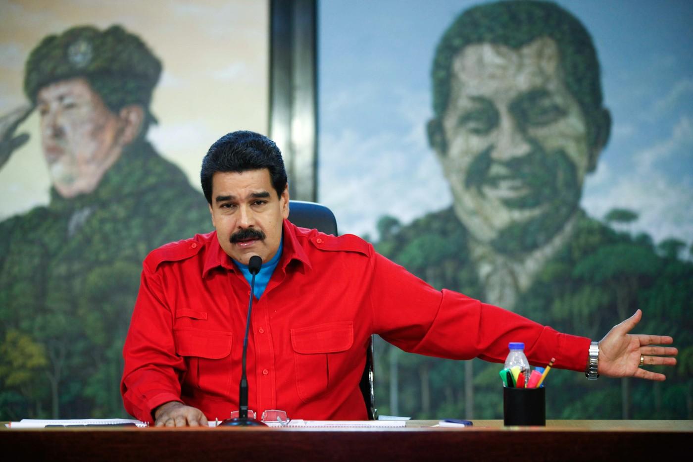 'Před soud se všemi těmi imperialisty,' hřímá venezuelský vůdce