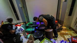 Zátah ve vězení v Manile přinesl nečekané objevy včetně drog, luxusního zboží nebo erotických přemětů