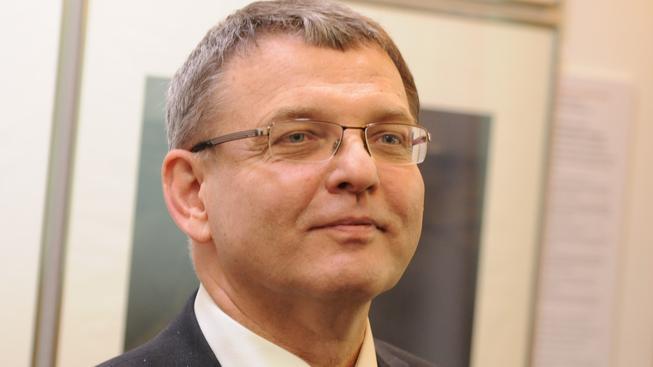 Ministr zahraničí Lubomír Zaorálek slíbil, že se do případu odebrání dětí vloží.