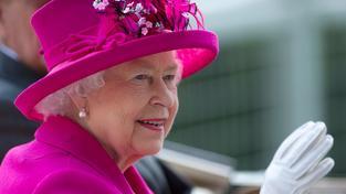 Královna Alžběta II. se prý do důchodu ještě nechystá. Tedy alespoň to tvrdí Buckinghamský palác