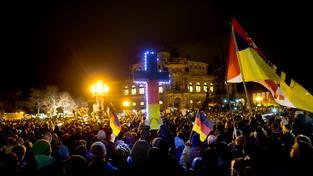 Proti islámu protestovalo v Drážďanech zhruba 17 500 příznivců Pegidy