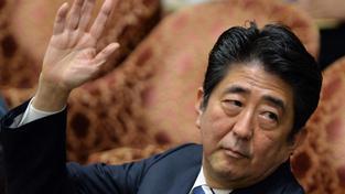 Staronový premiér Šinzó Abe