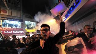 V Turecku se proti autoritativním metodám Recepa Erdogana koná řada opozičních demonstrací