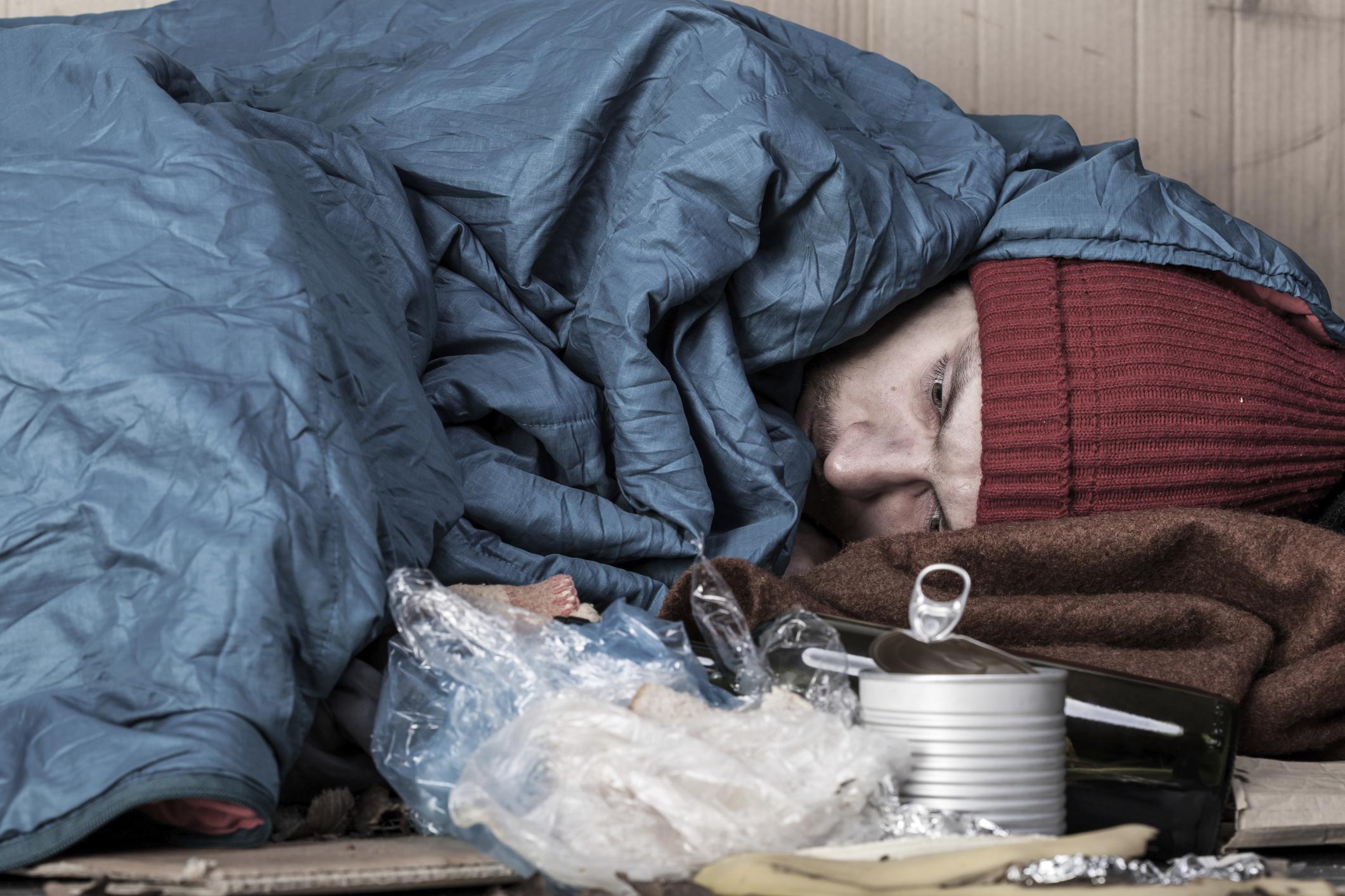 Pražský magistrát je na mráz připraven, nocleháren pro bezdomovce je prý dostatek