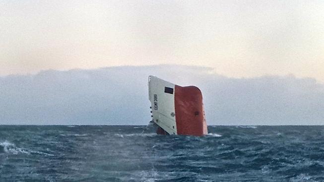Trosky potopené lodě Cemfjord u skotských břehů