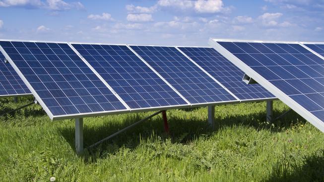 Podpora výroby zelené elektřiny v roce 2013 činila 44 miliard korun. Solární elektrárny z částky ukrojily dvě třetiny.