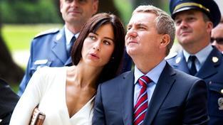 Šéf prezidentské kanceláře Vratislav Mynář s partnerkou, televizní moderátorkou Alexandrou Noskovou