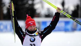 Veronika Vítková se raduje ze svého první triumfu v závodě SP
