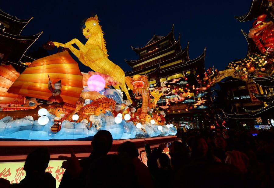 Šanghaj kvůli silvestrovské tragédii zrušila festival luceren