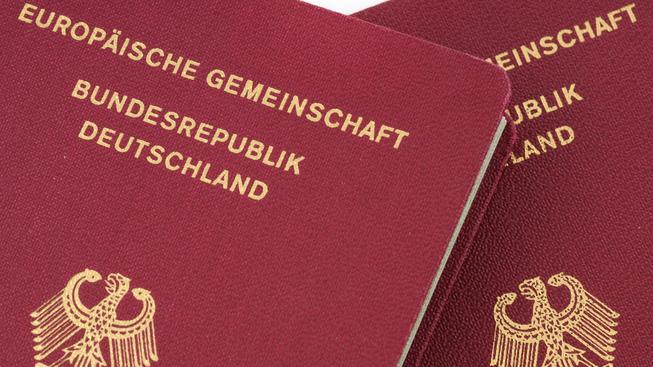 Islamistům v Německu seberou pasy a další doklady. Ilustrační snímek