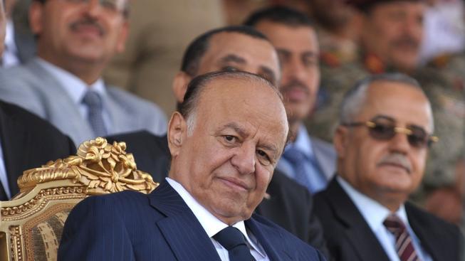 Jemenský prezident Hadí (vlevo) i premiér Báhah složili své funkce