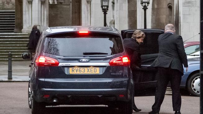 Vdova po Alexandru Litviněnkovi přijíždí k soudu