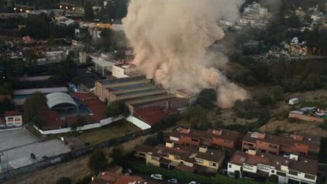 Fotografie místa výbuchu. Převzato z účtu twitter.com/qtf