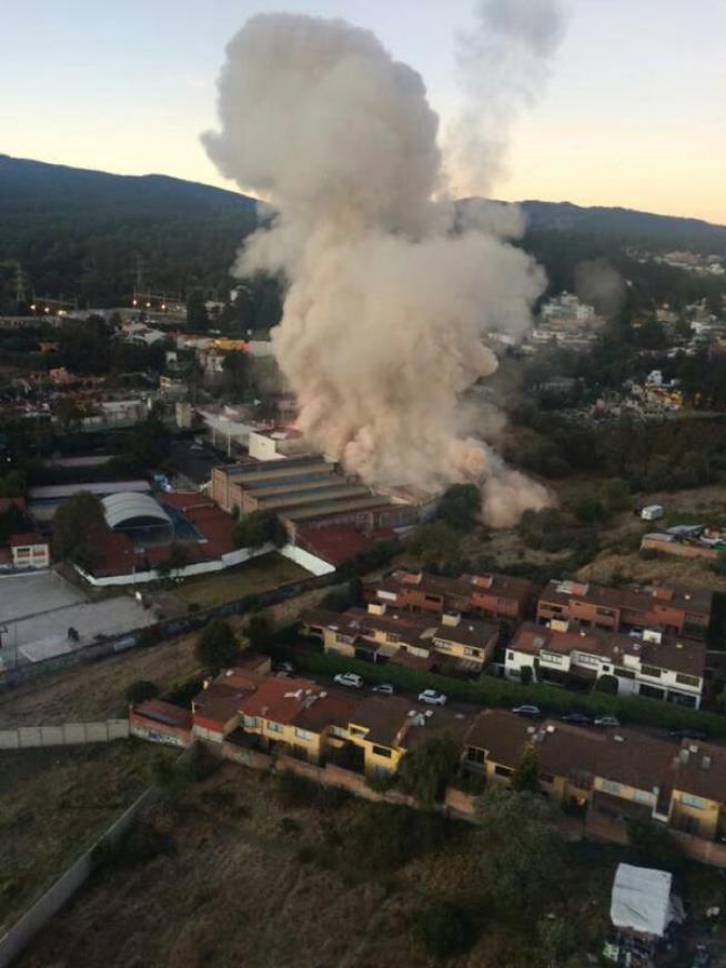Aktualizováno: U dětské nemocnice v Mexiku vybuchl plyn, desítky zraněných