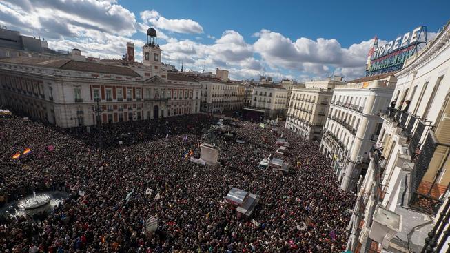 Stovky tisíc Španělů daly na jevu svůj nesouhlas se současnou politikou země