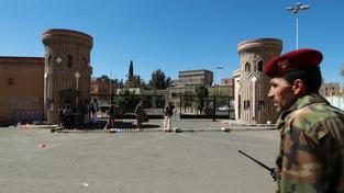 Rebelové v Jemenu obsadili prezidentský palác
