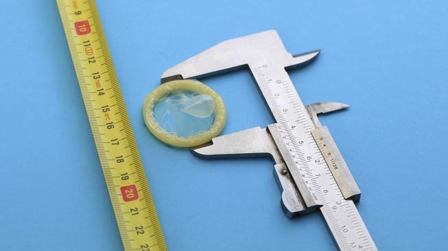 To, že velikost není až tak důležitá, u kondomů neplatí