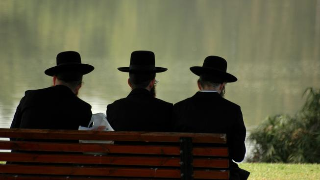 Židé se v Evopě necítí nejbezpečněji. Na exodus to ale není