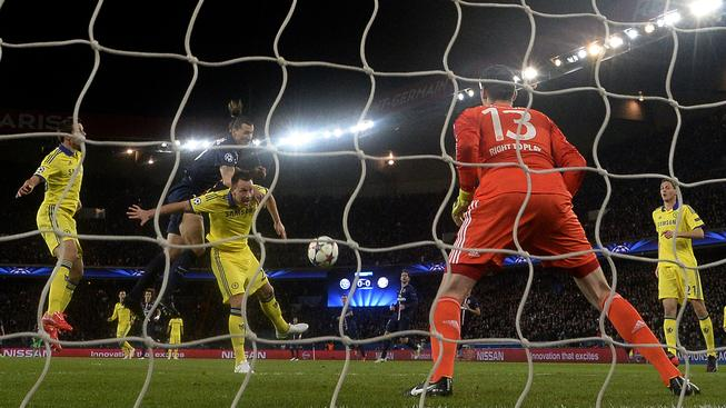 Gólman Thibaut Courtois má lví podíl na remíze Chelsea na půdě PSG
