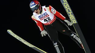 Jan Matura skočil v kvalifikaci na středním můstku 82,5 metru