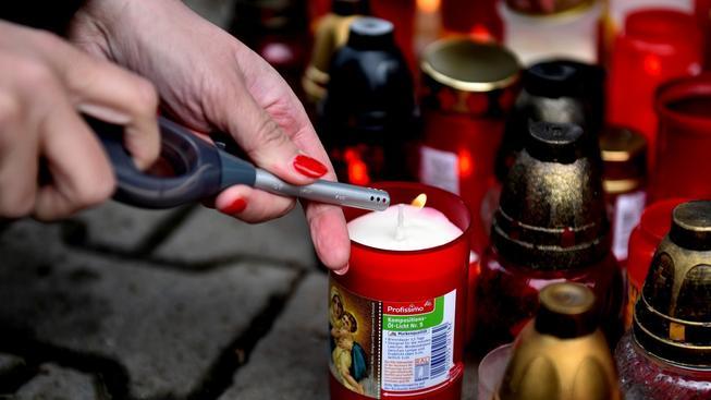 Ve čtvrtek se na památku obětí rozezní sirény