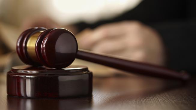Nejvyšší soud dodnes řeší ozvěny Klausovy amnestie. Ilustrační snímek