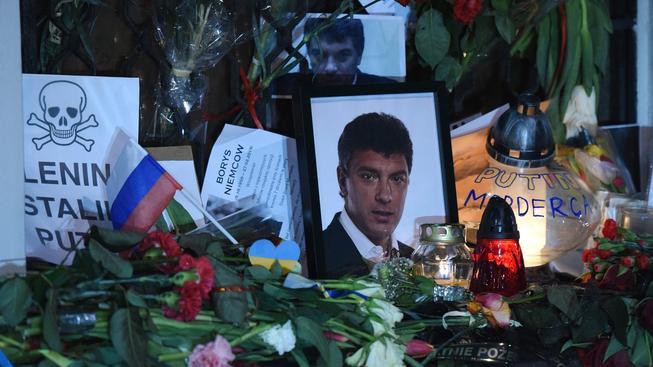 Z vraždy Němcova obviňuje opozice Putina