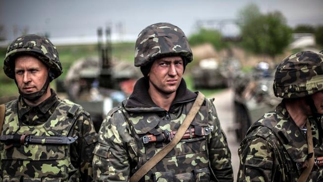 Ukrajinská armáda se rozroste o dalších 68 tisíc vojáků
