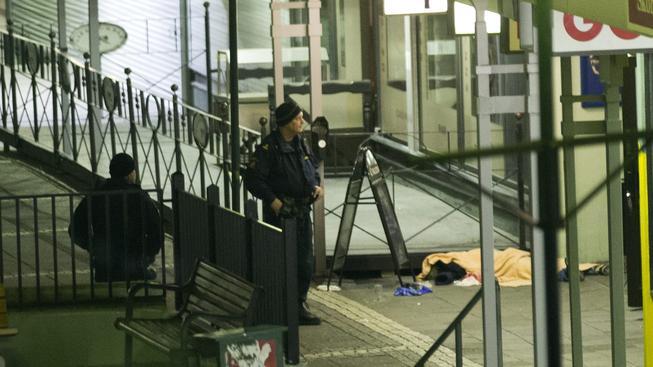 Během střelby ve švédském Göteborgu zemřelo dva lidé