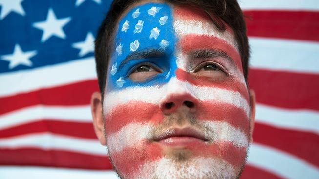 A co vy, už máte vlastní zásobu amerických vlajek?