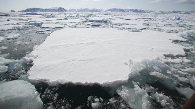Mořského ledu v Arktidě je stále méně a méně