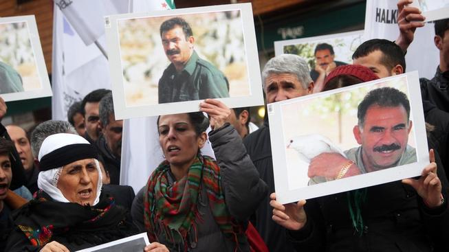 Abdullah Öcalan vyzval k ukončení bojů proti Turecku