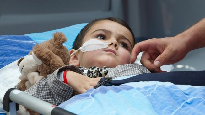 Pětiletý Ashya King absolvoval protonovou léčbu v Praze