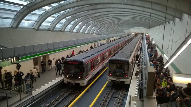 Nová konečná metra linky A Nemocnice Motol