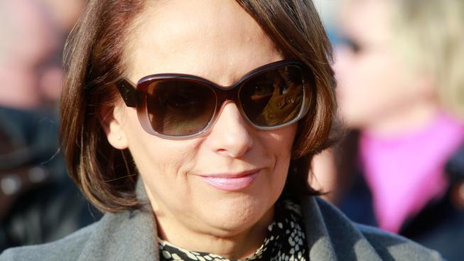 Pražská primátorka Adriana Krnáčová zůstane ještě nějaký ten pátek ve funkci