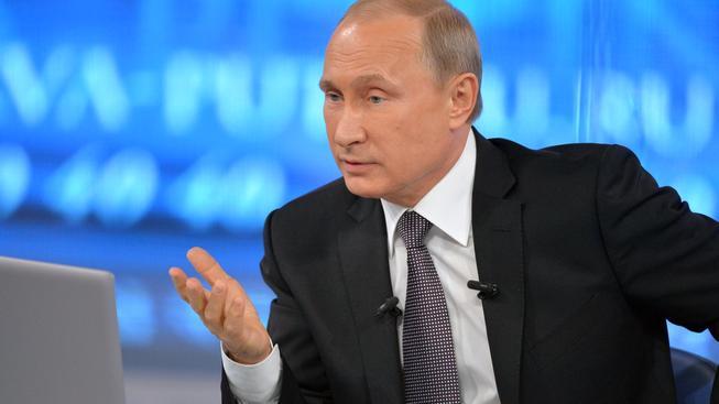 Putin tradičně odpovídal na dotazy Rusů v přímém přenosu