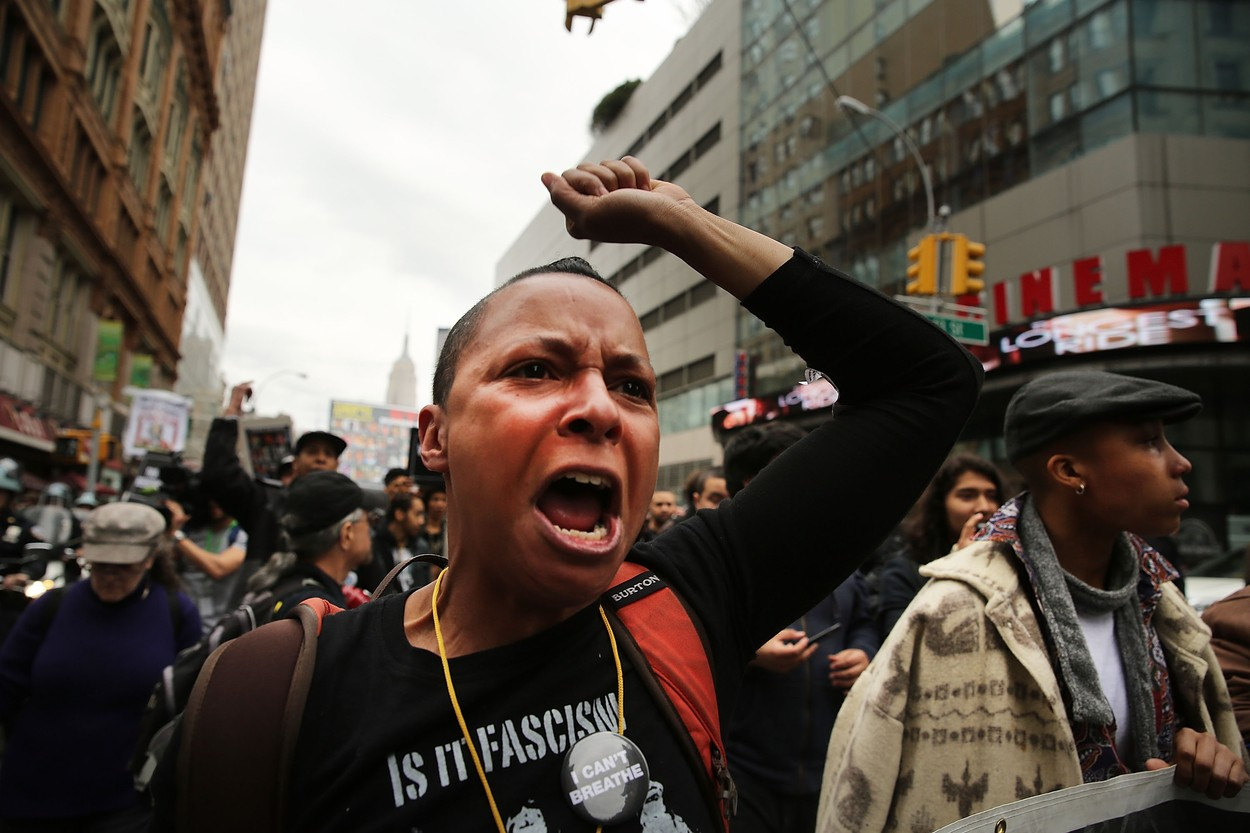 Rodina černocha zastřeleného ve Fergusonu požaduje odškodné