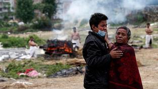 Nepředstavitelným počtem obětí se ničivé zemětřesení v Nepálu zařadí mezi nejhorší katastrofy tohoto století