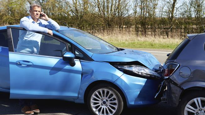 Auta si v rámci Evropské unie po nehodě sama zavolají na tísňovou linku (ilustrační snímek)