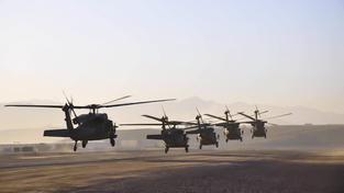 Slováci za americké vrtulníky Black Hawk dají pořádný balík