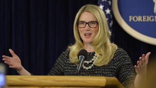 """Turecký politik nazval mluvčí amerického ministerstva zahraničí Marii Harfovou """"hloupou blondýnou"""""""