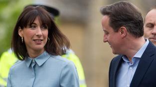 Premiér David Cameron s manželkou už mají odvoleno. Komu asi tak dali hlas?