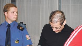 Exředitel ROP Severozápad byl propuštěn předčasně, tvrdí utajované dokumenty