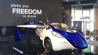 Prototyp létajícího auta společnosti AeroMobil