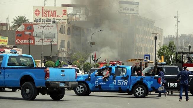 Během dnešního bombového útoku v Bagdádu zemřelo nejméně sedm lidí