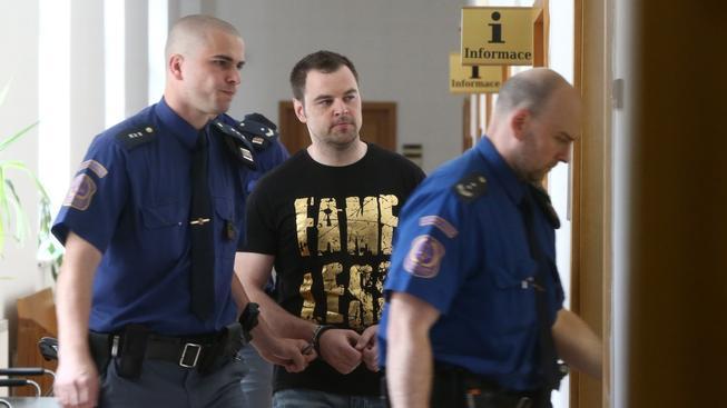 Petr Kramný půjde před soud, státní zástupce na něj podal žalobu kvůli vraždě manželky a dcery