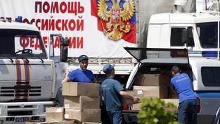 Rusové sice posílají na východ Ukrajiny humanitární pomoc, Kyjevu ale pomáhat nechtějí